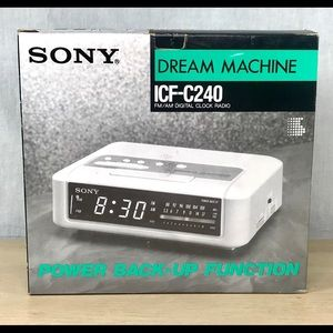 Sony Dream Machine ICF-C240 FM/AM Clock Radio